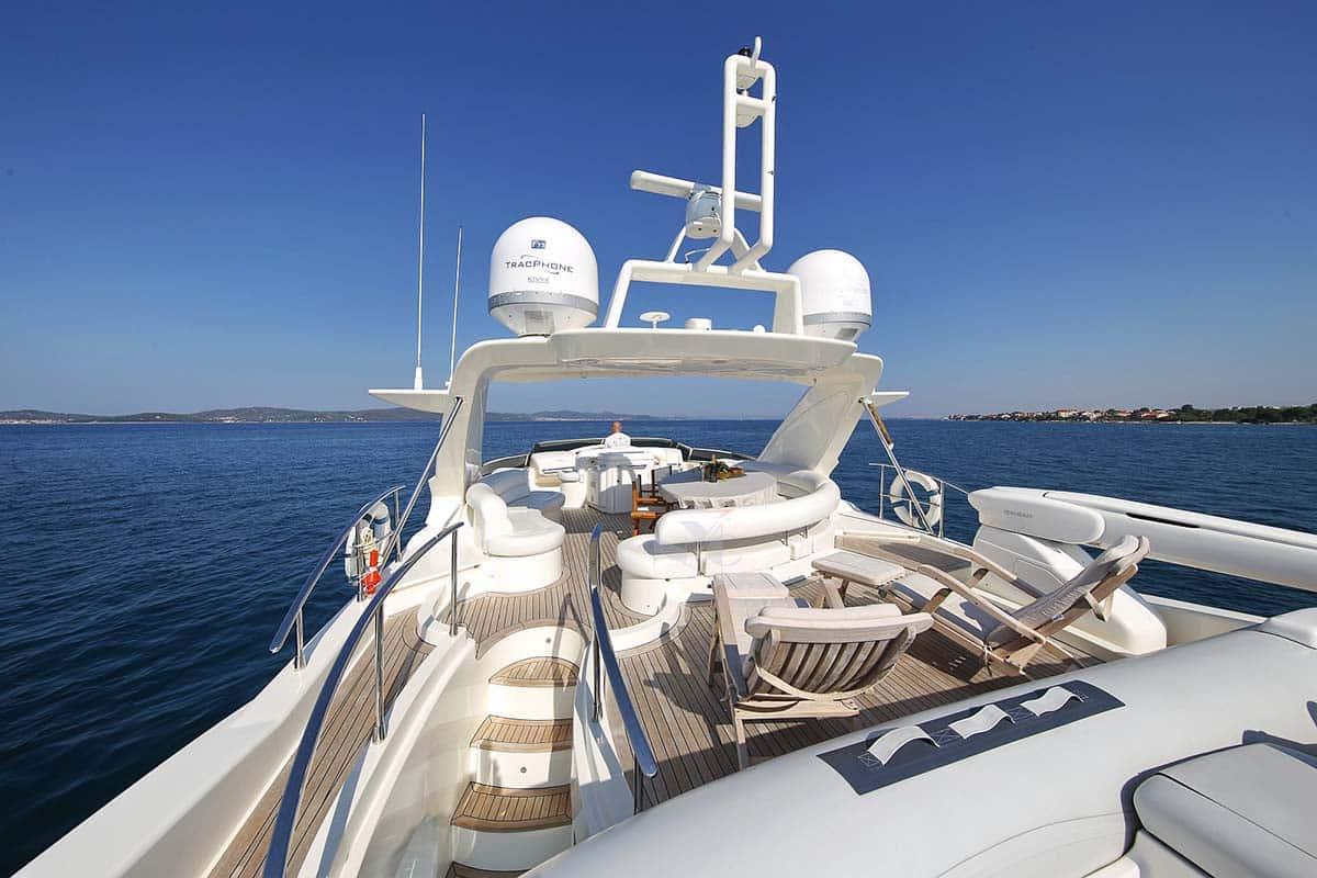 azimut-80-yacht-charter-croatia-sailing-holidays-croatia-booking-yacht-charter-croatia-catamarans-sailboats-motorboats-gulets-luxury-yachts-boat-rental-croatia-11