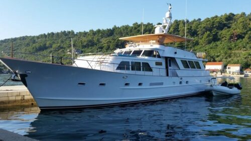 broward-marine-30-charter-croatia-rental