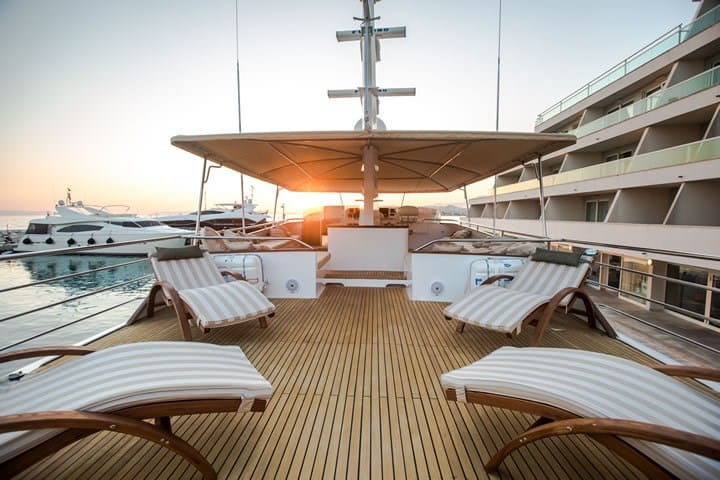 broward-marine-30-yacht-charter-croatia-sailing-holidays-croatia-booking-yacht-charter-croatia-catamarans-sailboats-motorboats-gulets-luxury-yachts-boat-rental-croatia-1