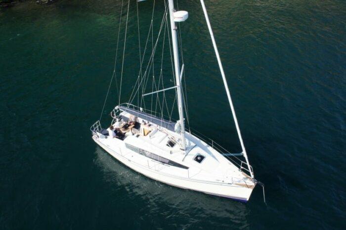 delphia-31-charter-croatia-rental