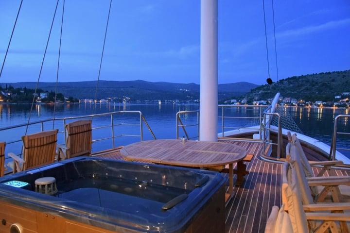 cesarica-yacht-charter-croatia-sailing-holidays-croatia-booking-yacht-charter-croatia-catamarans-sailboats-motorboats-gulets-luxury-yachts-boat-rental-15