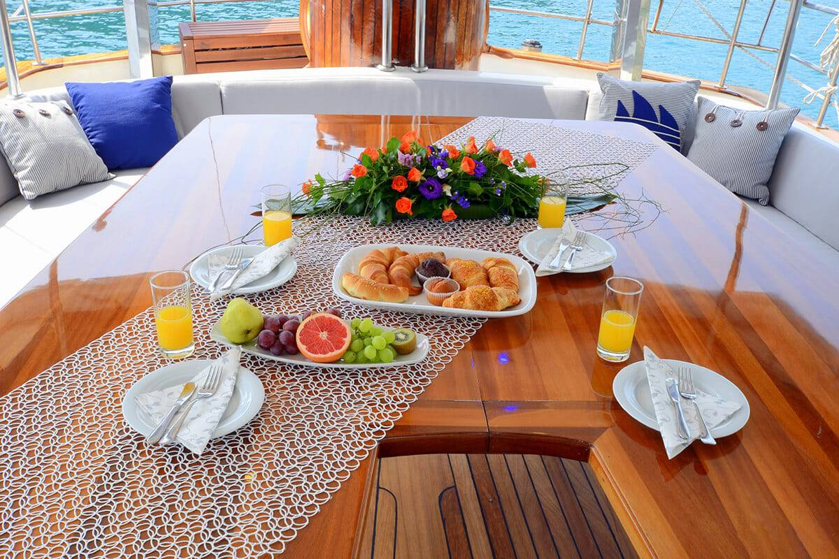 fortuna-yacht-charter-croatia-sailing-holidays-croatia-booking-yacht-charter-croatia-catamarans-sailboats-motorboats-gulets-luxury-yachts-boat-rental-19