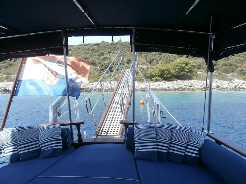 hera-yacht-charter-croatia-sailing-holidays-croatia-booking-yacht-charter-croatia-catamarans-sailboats-motorboats-gulets-luxury-yachts-boat-rental-22