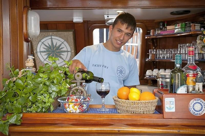 hera-yacht-charter-croatia-sailing-holidays-croatia-booking-yacht-charter-croatia-catamarans-sailboats-motorboats-gulets-luxury-yachts-boat-rental-12