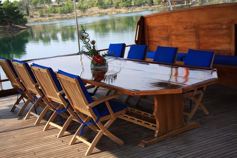 kadena-yacht-charter-croatia-sailing-holidays-croatia-booking-yacht-charter-croatia-catamarans-sailboats-motorboats-gulets-luxury-yachts-boat-rental-3