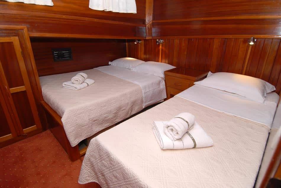 kadena-yacht-charter-croatia-sailing-holidays-croatia-booking-yacht-charter-croatia-catamarans-sailboats-motorboats-gulets-luxury-yachts-boat-rental-6