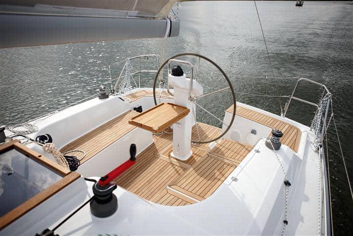 hanse-355-yacht-charter-croatia-sailing-holidays-croatia-booking-yacht-charter-croatia-catamarans-sailboats-motorboats-gulets-luxury-yachts-boat-rental-croatia-2
