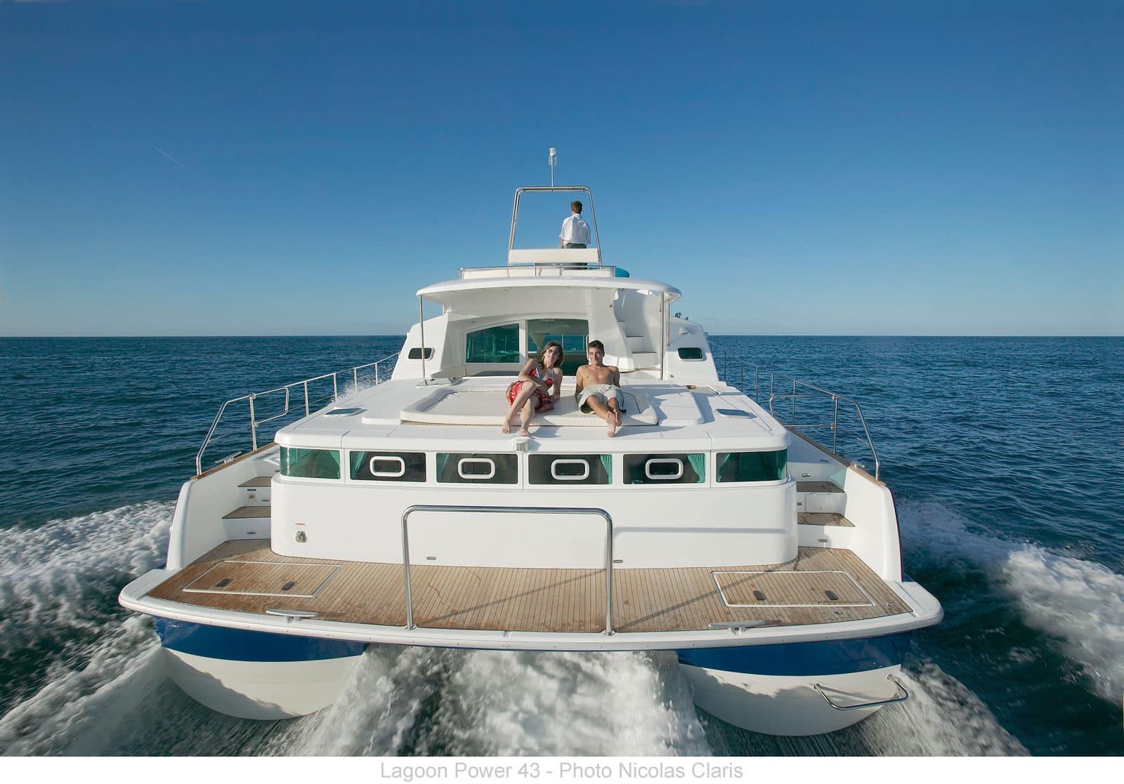 lagoon power 43-yacht-charter-croatia-sailing-holidays-croatia-booking-yacht-charter-croatia-catamarans-sailboats-motorboats-gulets-luxury-yachts-boat-rental-croatia 4