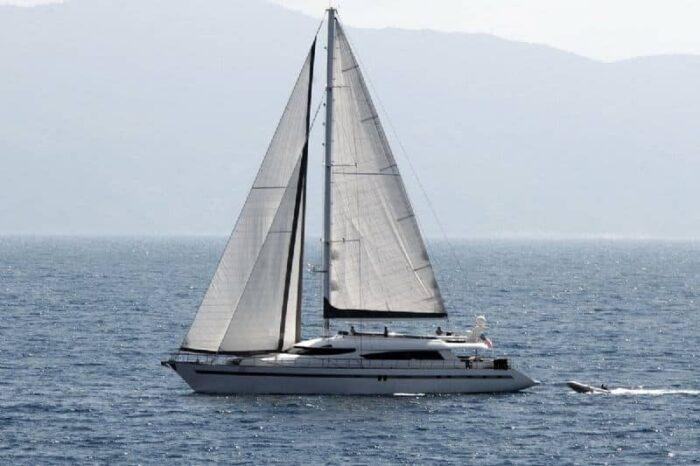 motoryacht-yener-charter-croatia-rental